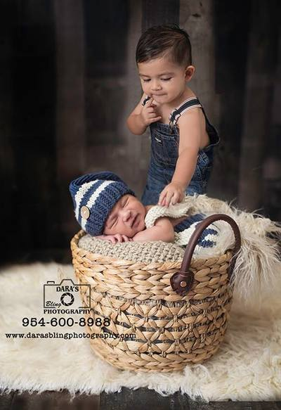 Newborn photography session big brother